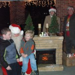 tree lighting pause for pix web