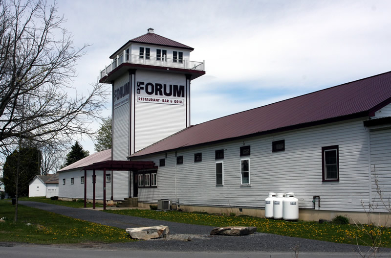 Forum changes hands, but not families