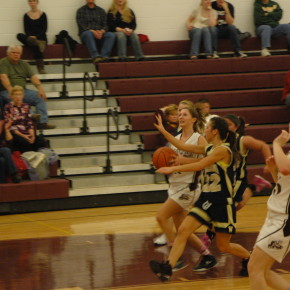 Sports-Girls Bball 030