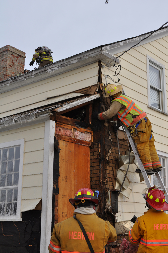 Fire damages Hebron home
