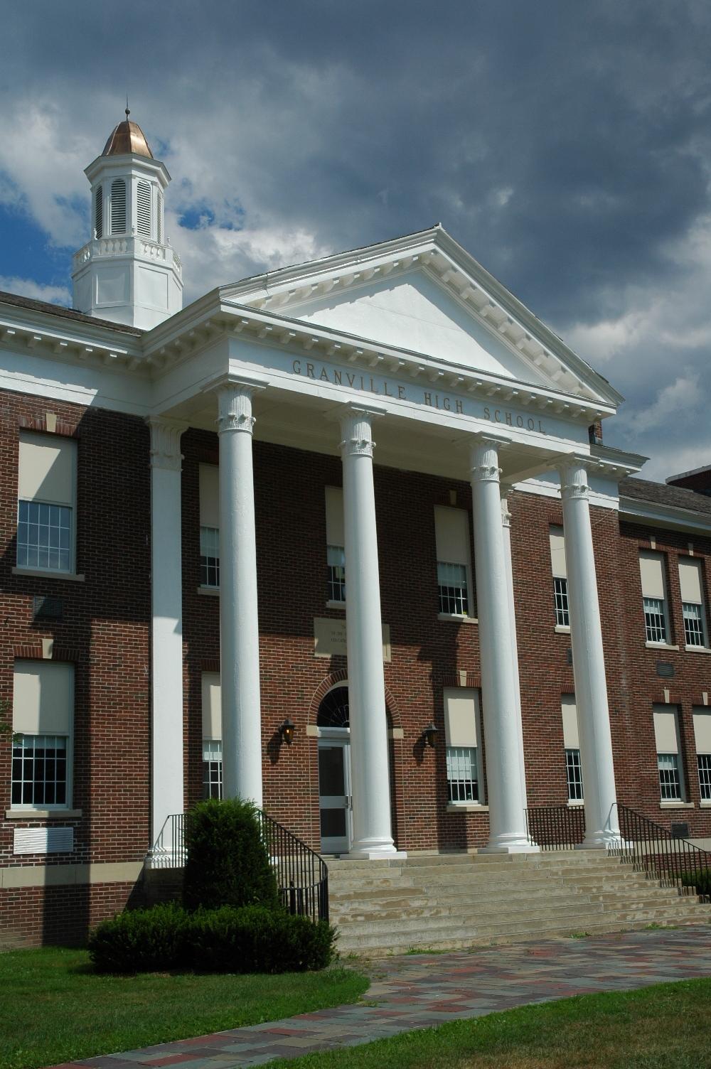 School planning virtual and in-person graduation ceremonies
