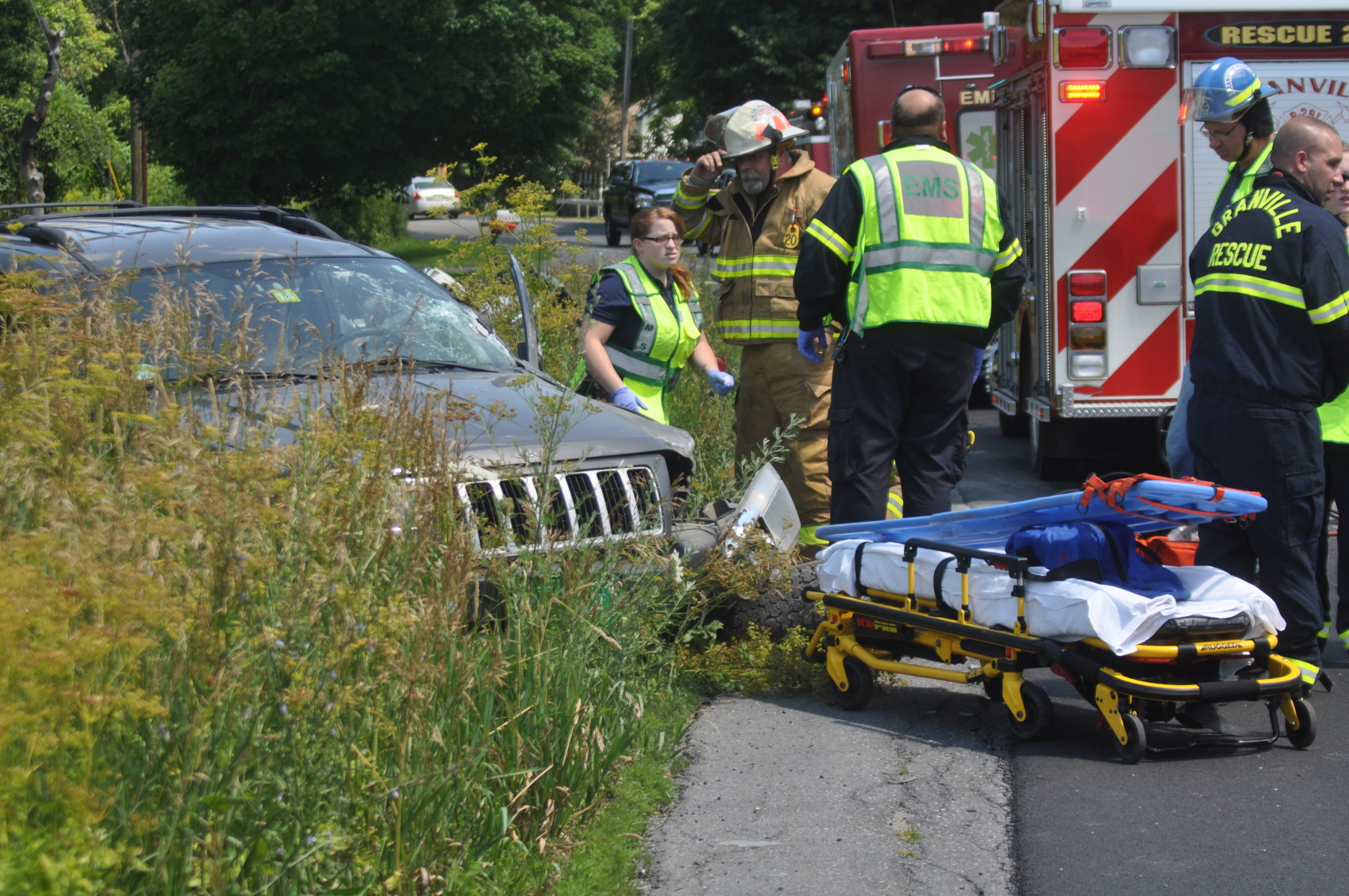 Breaking news: woman hurt in head-on crash