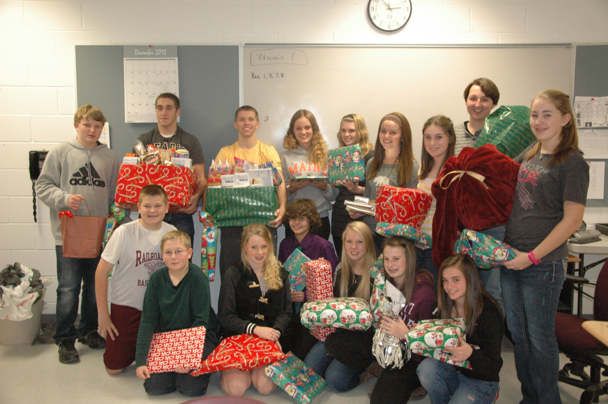 Students adopt family for holidays