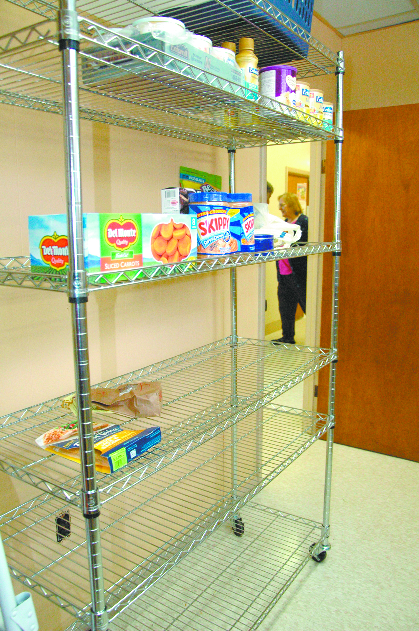 Food Pantry director: We need food