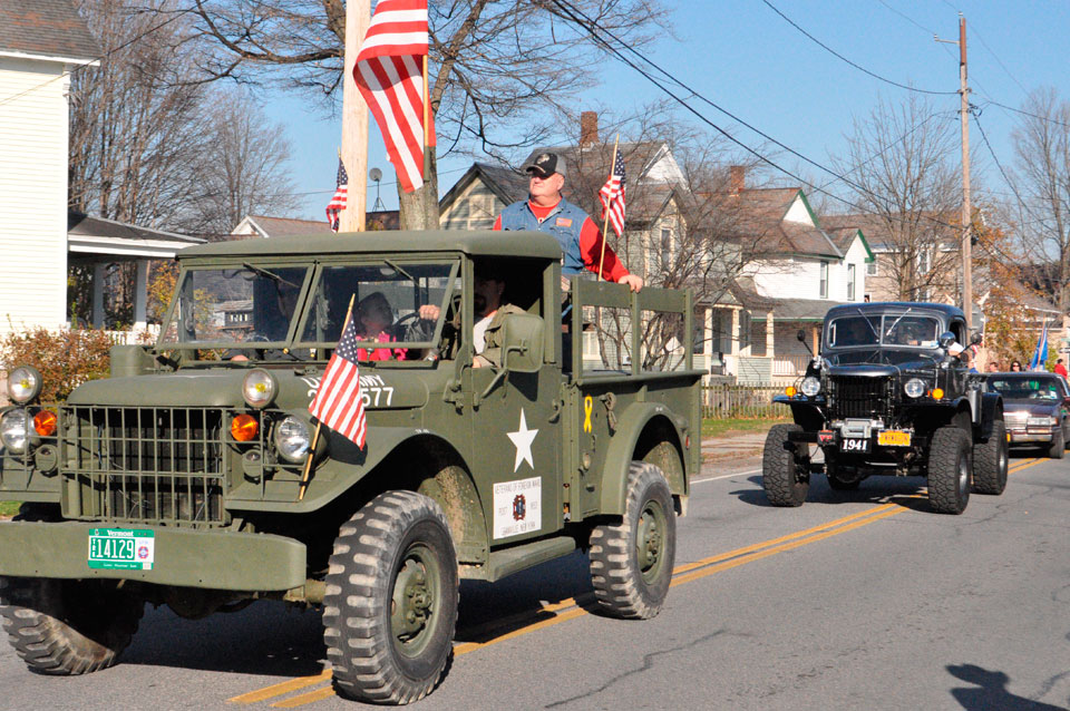 Dunbar to lead Vets Day parade
