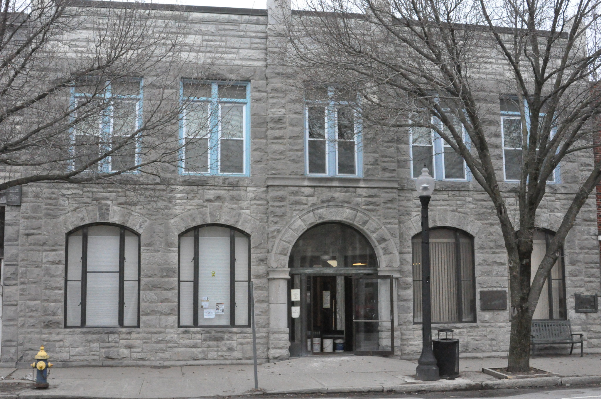 Town offices close April 1