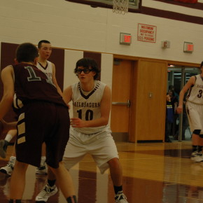 Robby Pereau guards Argyle's Jake Horton