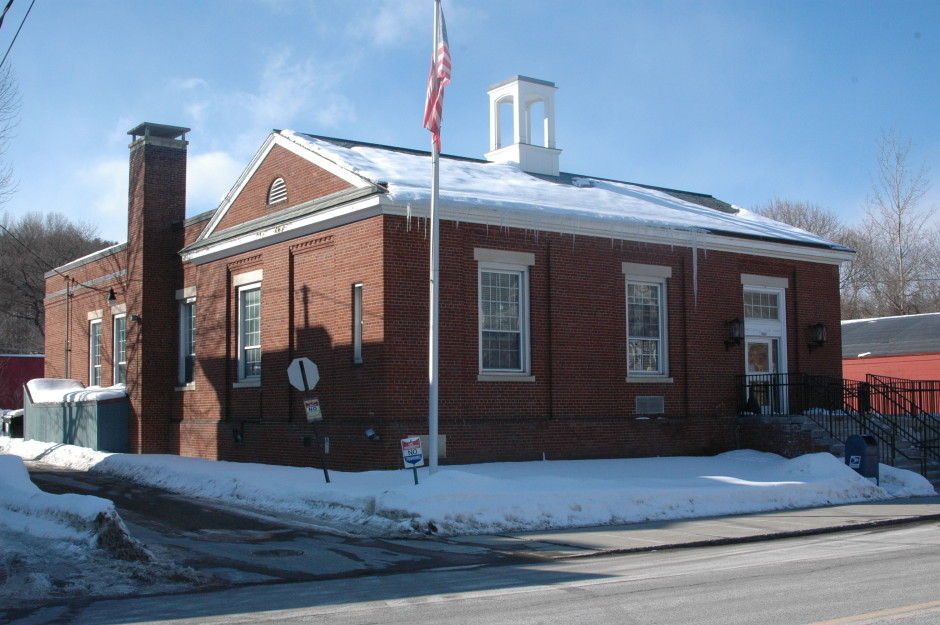 Whitehall Post Office