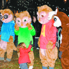 Tree Lighting Chipmunks n Rudolph