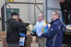 Employees receive free turkeys for Thanksgiving