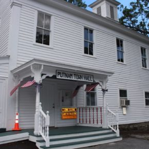 putnam town court