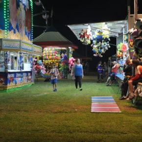 hooks carnival