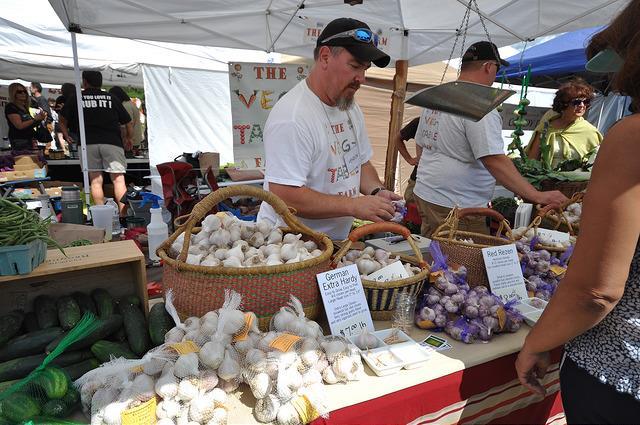 "Festival brings ""all things garlic"" to Bennington"