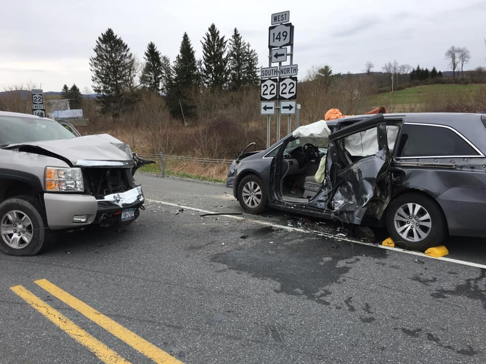 Two-car collision closes Route 22