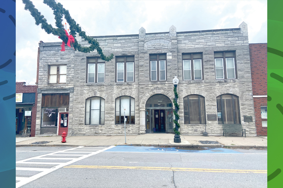 Town clerk's office: renovate or move?